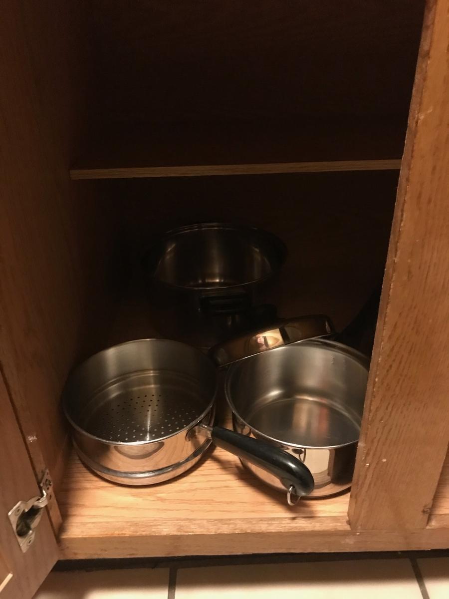 鍋類の収納