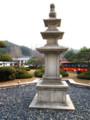 慶州コモドチェースンHOTEL前のロータリー石搭