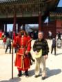 衛兵と記念撮影