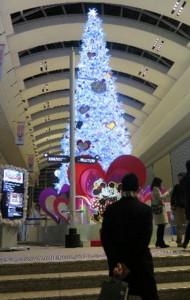 クリスマスツリ−