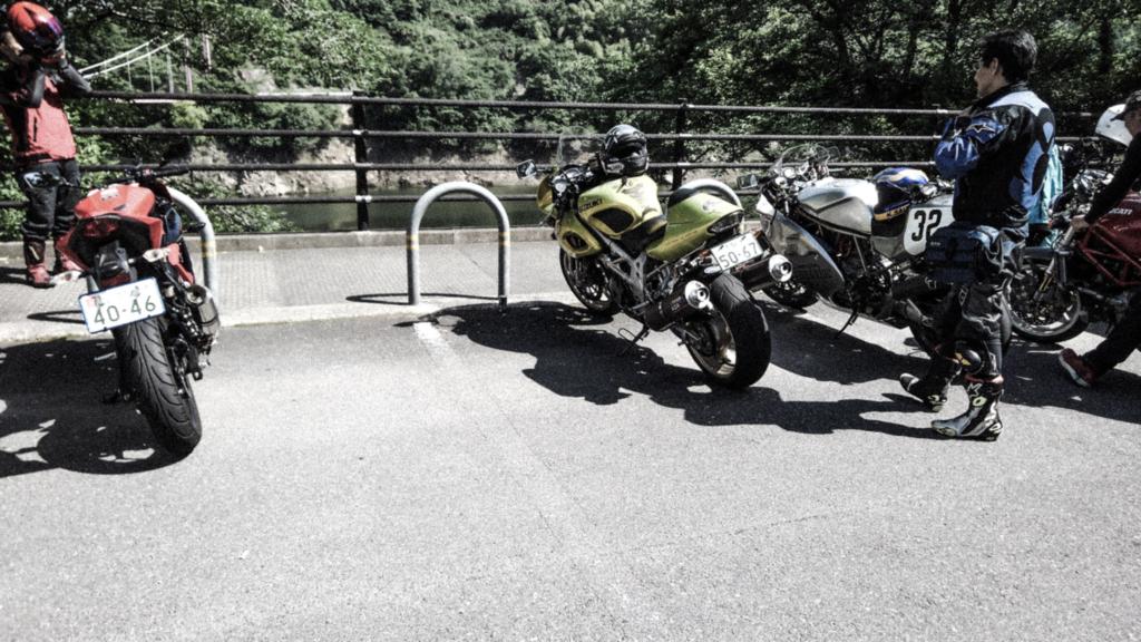 f:id:moto-roo:20180528090458j:plain