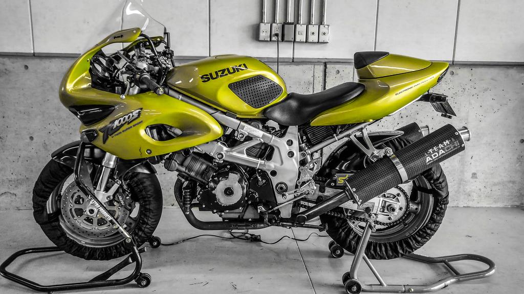 f:id:moto-roo:20180914215410j:plain