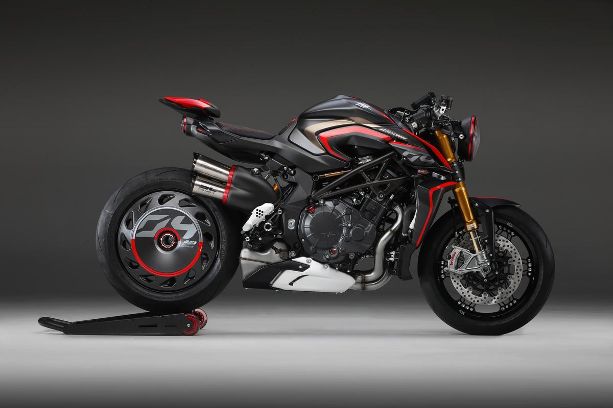 f:id:moto1works:20200106154015j:plain
