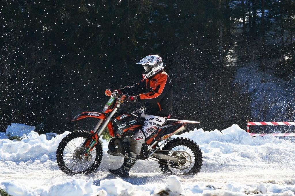 f:id:motocamp:20181215231144j:plain