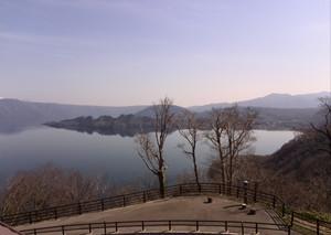 Lake_of_towada_1