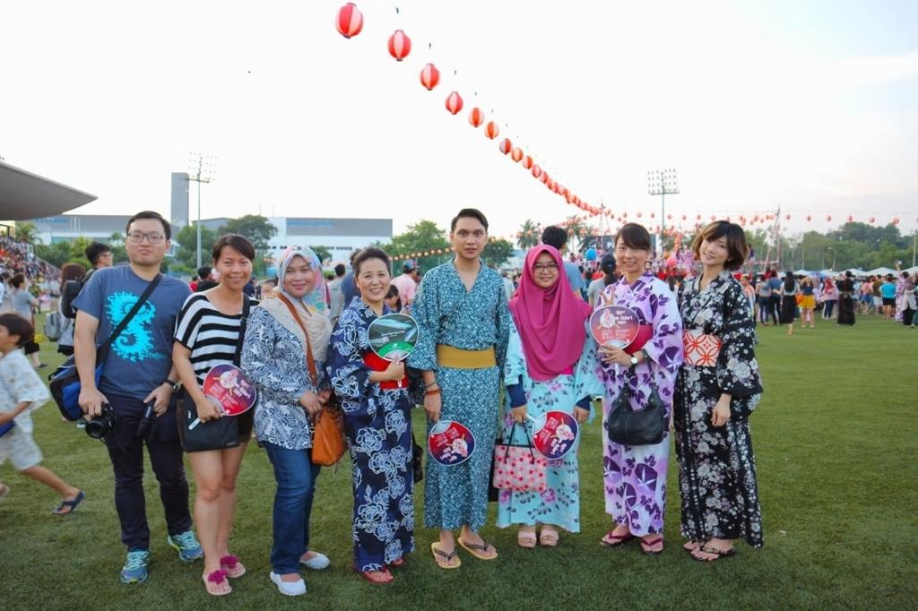 今では日本・マレーシアの文化交流イベントといった位置づけで、地元の人も大勢参加しています。