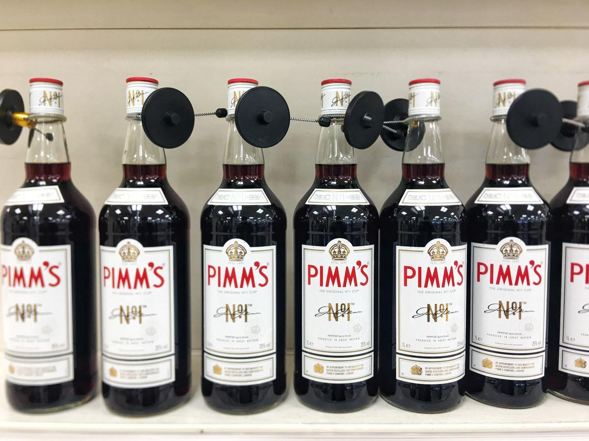 ピムズの原液「Pimm's」。実は味は6 種類あるが、この「No. 1 Cup」が定番の味。