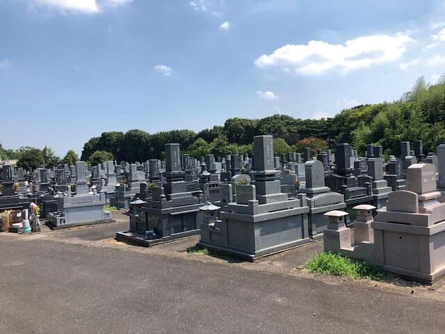 龍音寺霊園に建立されているお墓の写真