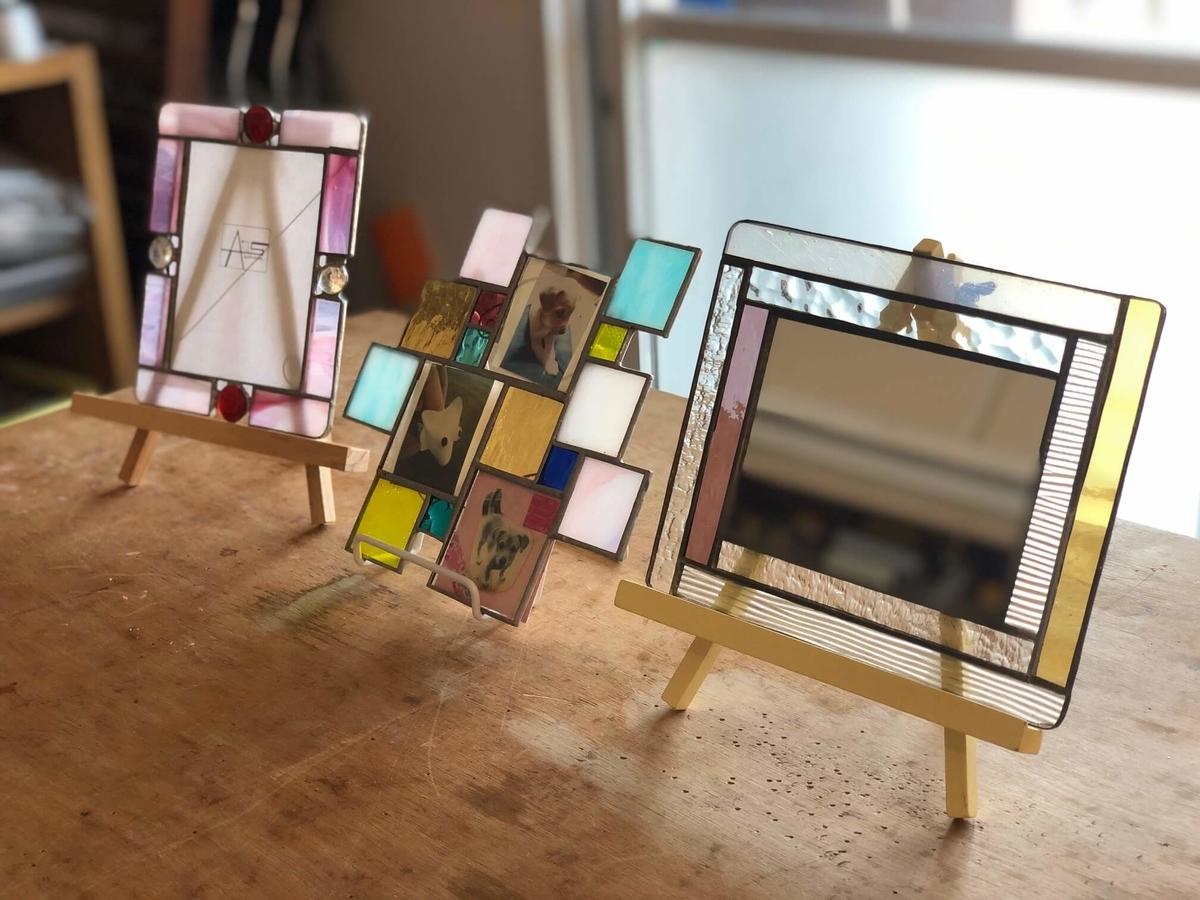 制作体験できる3種類のステンドグラスの写真
