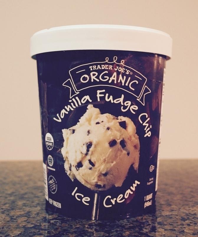 バニラファッジチップアイスクリームのパッケージ