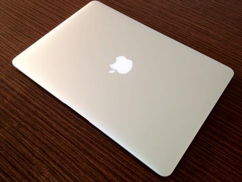 MacBook Airを1週間使い倒してみて何を感じたか!