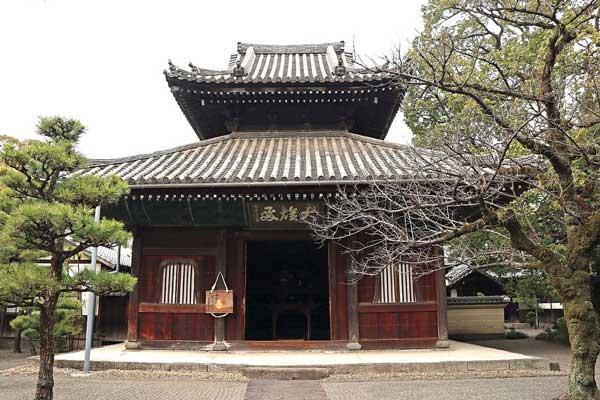 万寿寺「仏殿」