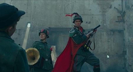 ヘルメットや胸にヒントが!?クレンツェンドルフ大尉たち