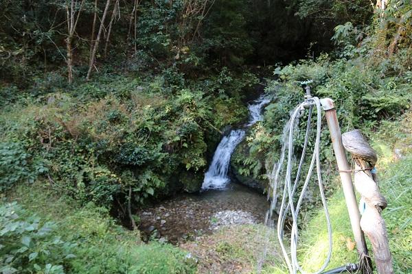 白山神社から乙女滝への道中