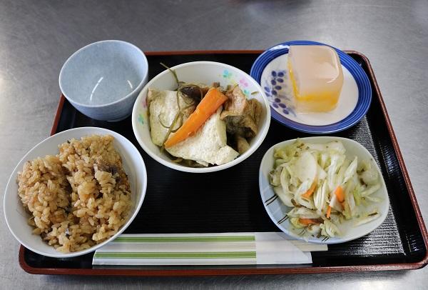 馬渕美智子先生の美しい配膳