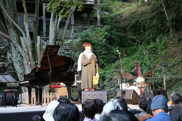 ムーンライトコンサートin高澤司会の森小百合さん