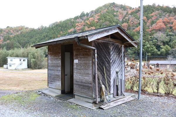 お宮の清水はトイレ完備