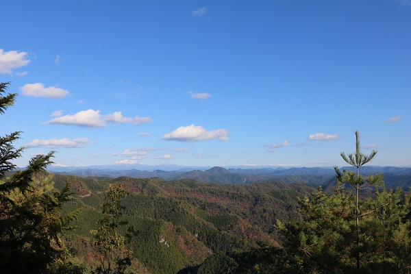 平洞頂上からの眺望