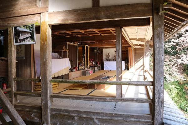 高澤観音の籠堂が開放