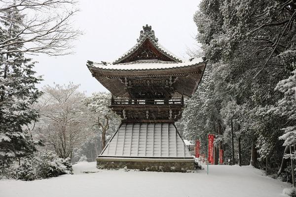 高澤観音境内の鐘撞堂