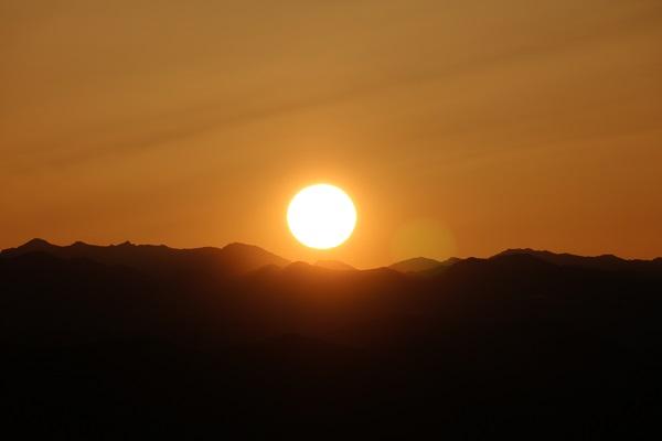 関市下之保平成山からの日の出