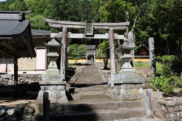 関市富之保の南宮神社