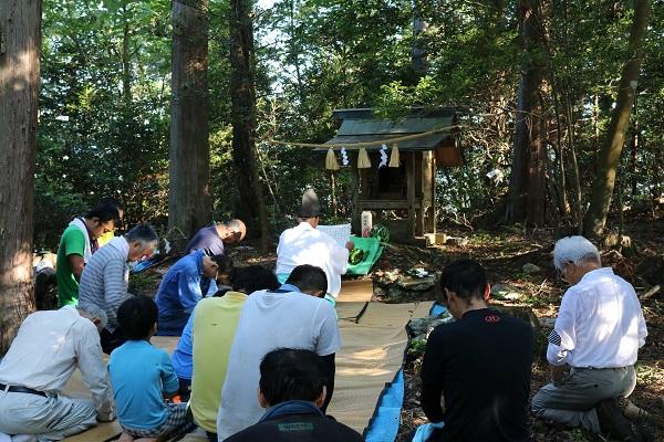 関市武儀大門地区の城山祭り