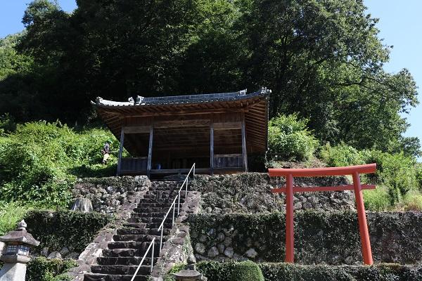 関市武儀大門地区の白山神社