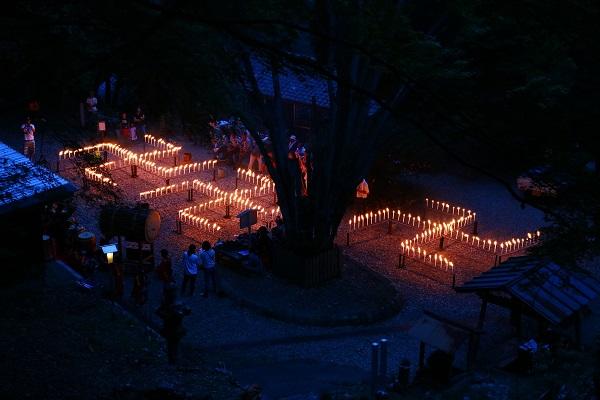 日龍峯寺(高澤観音)の千灯供養