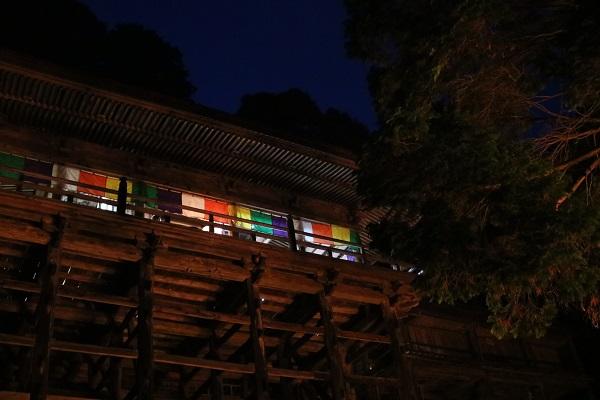 夜の岐阜県最古の寺日龍峯寺(高澤観音)