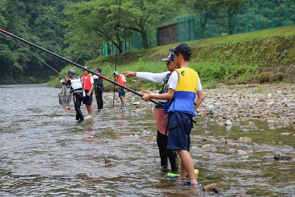 漁協組合員からマンツーマン指導