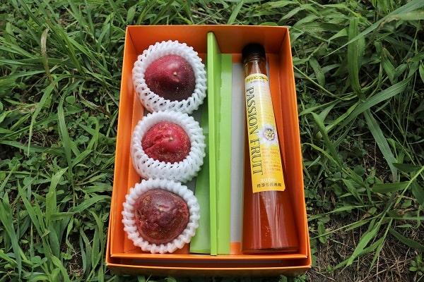 参加賞の中身は果実3個と濃縮果汁