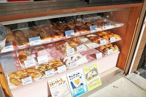 パン工房平成全品100円セール