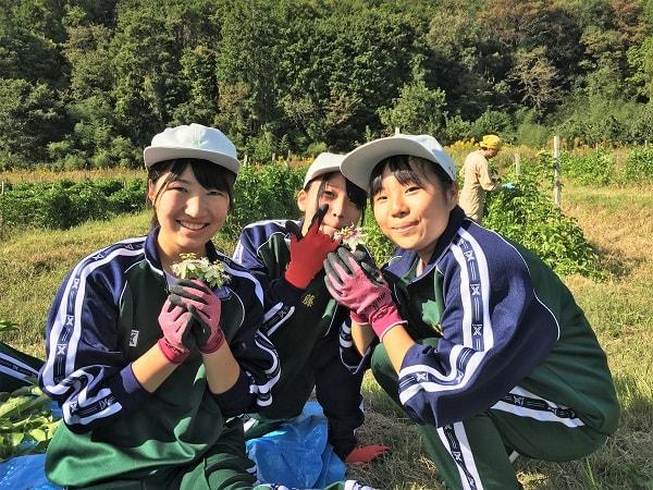 加茂農林高校の生徒たち
