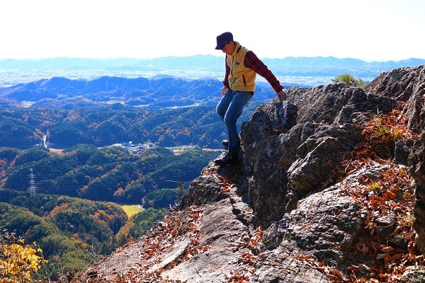 本城山頂上は絶壁感抜群