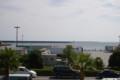 [大洗]アウトレットモールから見た海