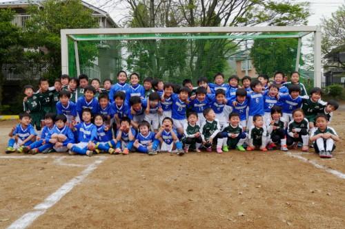 3年生も合同の練習試合でした。みんなで集合写真。 千代田ライガーのみなさんありがとうございました!