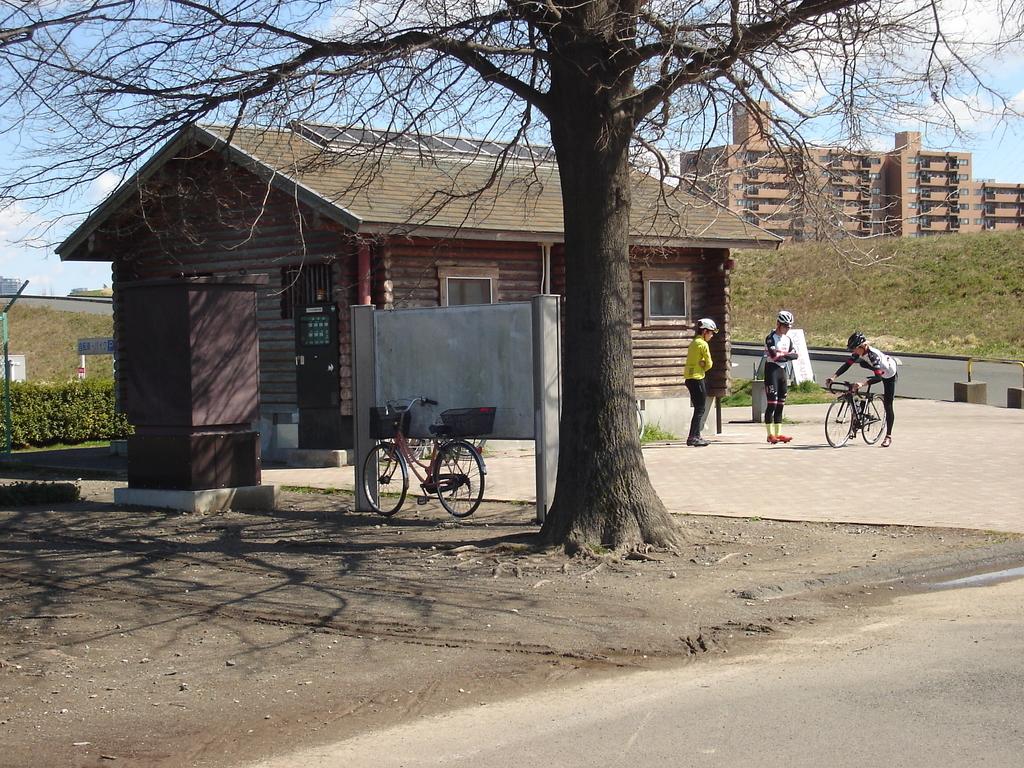 荒川サイクリングロード 彩湖 たまり場