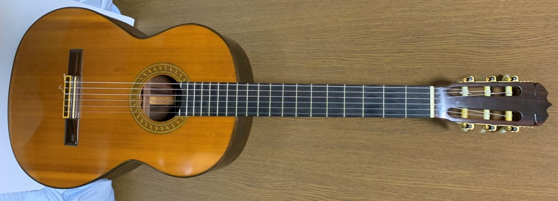 クラッシックギターC-50