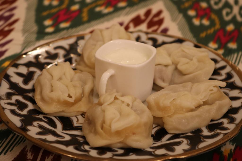 ウズベキスタン 料理 マンティ マントゥ