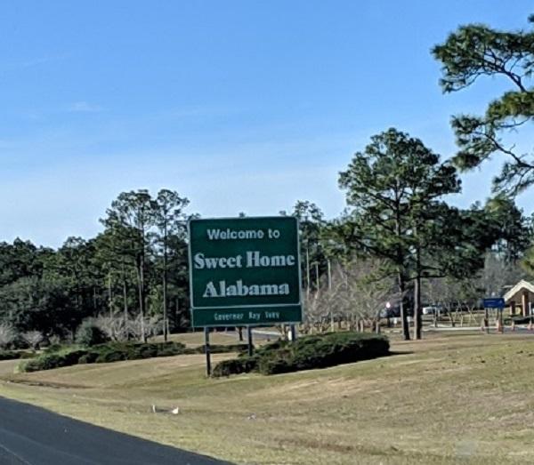 アラバマ州に入りましたーなっちゃんのにこにこブログ