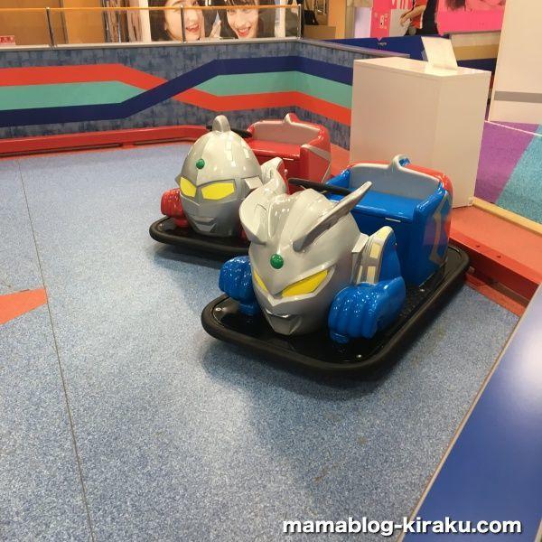 ウルトラアスレチック横浜ららぽーと店の車