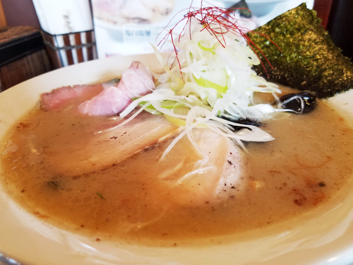 塩白湯(パイタン)麺-寄り