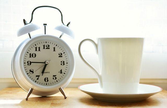 alarm-clock-2116007_640