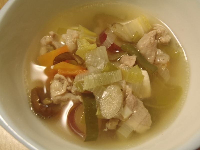 さつま芋、牛蒡、乾燥なめこ、大根、人参、長葱、白菜、豆腐、花椒