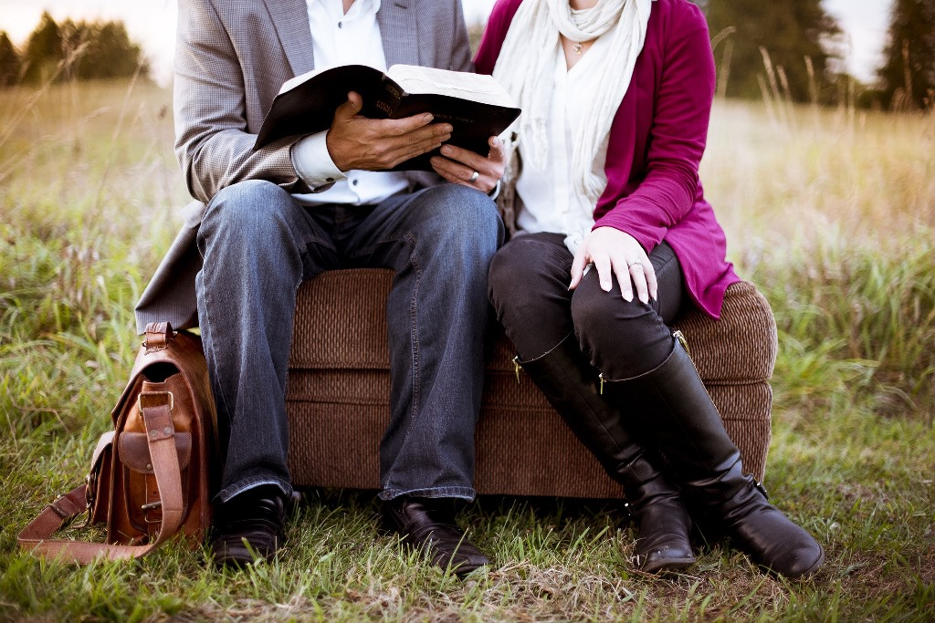 特別な人と一緒に読書