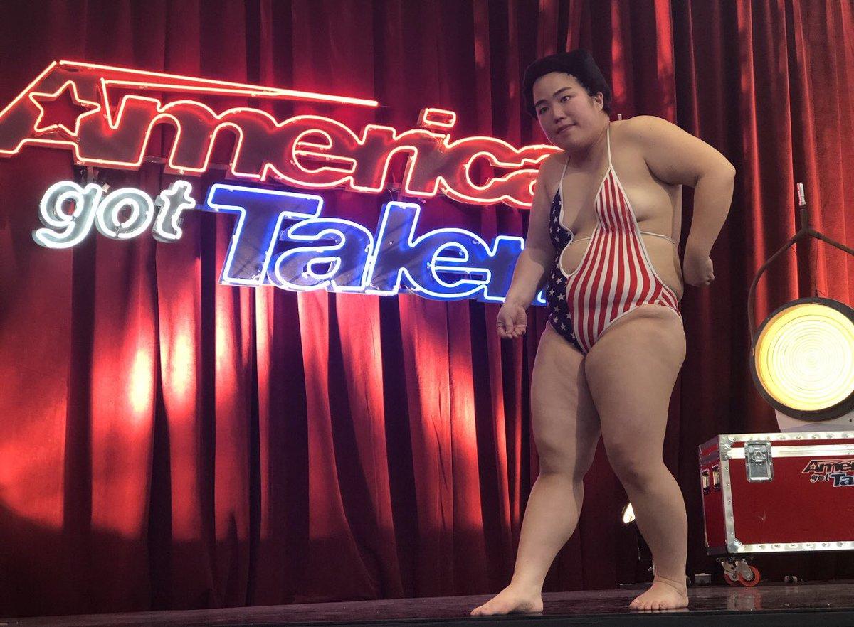 ゆりやんがアメリカのオーディション番組に出場