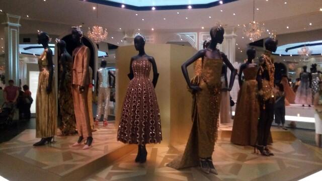 Dior展in London:image