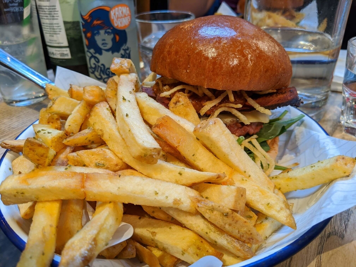 Honest Burgerに行ってみた Eat out to help out 【イギリス生活英語日記】:plain