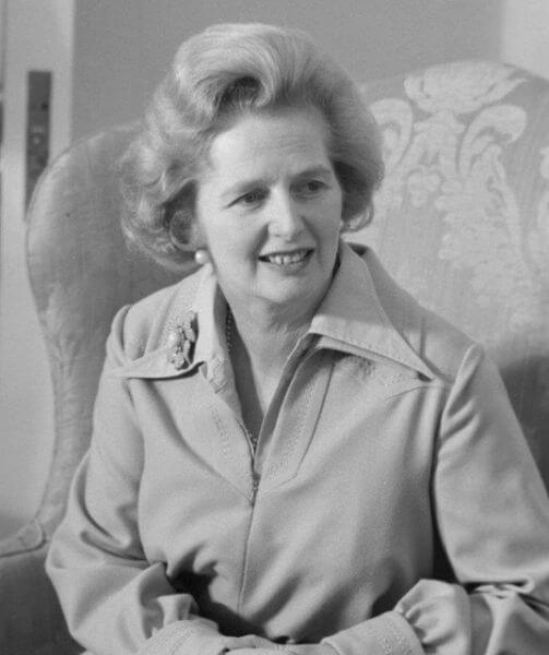 『The Iron Lady』マーガレット・サッチャーの伝記【英語多読・洋書レビュー】:plain